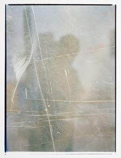 Ra4 print shot with smartphone Paper : kodak endura matt Film : kokak portra 400