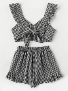 Online shopping for Ruffle Strap Tie Back Gingham Top And Shots Co-Ord from a great selection of women's fashion clothing & more at MakeMeChic. Teen Fashion Outfits, Mode Outfits, Girls Fashion Clothes, Outfits For Teens, Girl Fashion, Girl Outfits, Cute Summer Outfits, Cute Casual Outfits, Mode Pastel