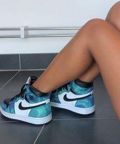 Cute Nike Shoes, Cute Sneakers, Nike Air Shoes, Pink Nike Shoes, Sneakers Nike, Jordan Shoes Girls, Girls Shoes, Souliers Nike, Shoes Wallpaper