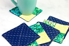 Easy DIY Fabric Coasters Easy Sewing Projects, Sewing Projects For Beginners, Fun Projects, Sewing Ideas, Sewing Patterns, Homemade Coasters, Diy Coasters, Homemade Gifts, Diy Gifts