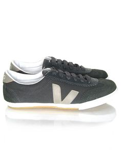 Veja Volley Fair Trade Organic Cotton Canvas Trainers