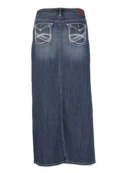 Long jean skirts are so cute  Jeans Skirt #2dayslook #ramirez701  #JeansSkirt  www.2dayslook.com