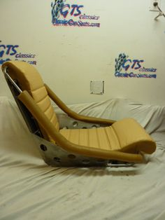 our 'Zeppelin Hot Rod' seat in beige.Classic Car Seats by GTS Classics.