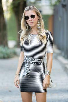 looksly - Nati Vozza com vestido de listras do Alto Verão 2016