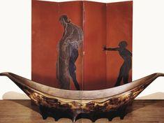 eileen gray paravent et lit pirogue de Eileen Gray Art Nouveau, Art Deco, Gray Eileen, Movement In Architecture, Landscape Architecture, Dragons, Sculpture Art, Sculptures, Machine Age