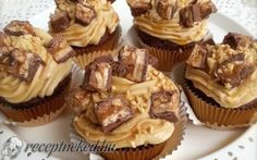 Snickers cupcake recept fotóval