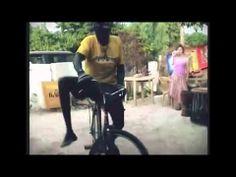 Upload Cinema Junior: bekijk de grappige internetfilmpjes met stunts en trucs uitgezocht door kinderen.