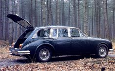 Jaguar MK2 County Prototype, 1962, good that this never went into production, looks like an Austin derivative.