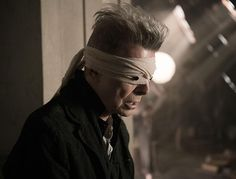 David Bowie's Blackstar debuts at No 1 as late artist dominates UK charts | News | Culture | The Independent