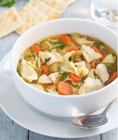 All Day Slow Cooker Chicken Noodle Soup Slow Cooker Times, Best Slow Cooker, Slow Cooker Recipes, Slow Cooker Soup Vegetarian, Slow Cooker Chicken, Chili Recipes, Soup Recipes, Crock Pot Soup, Chicken Noodle Soup