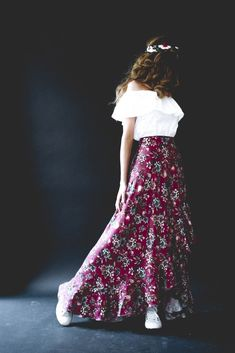 Lace Skirt, Sequin Skirt, Thalia, Mode Style, Diy Clothes, Sewing Patterns, Womens Fashion, Skirts, Outfits