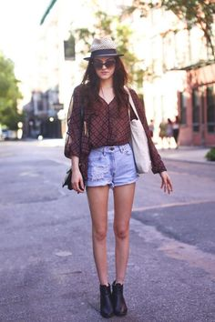 Printed Sheer Top And Shorts 2017 Street Style