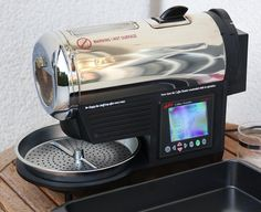 Home coffee roasting, with Hottop 8828 roasting machine