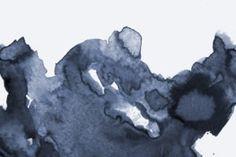 low-dark-blue-watercolour-watercolour-plain-kj-wall-mural