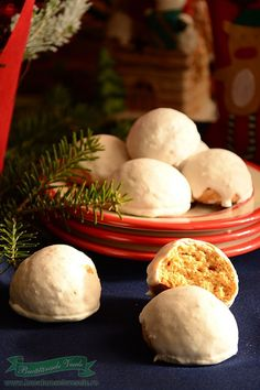 Turta dulce glazurata Delicious Desserts, Sweet Treats, Recipies, Gluten, Sweets, Cookies, Breakfast, Cake, Food