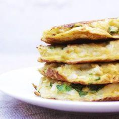 Tortitas de patata y coliflor.Esta es una receta muy rápida y fácil de preparar. Siempre intento hacer este tipo de recetas, porque tener un bebé hace que tengamos poco tiempo para nosotras mismas