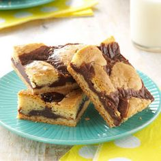 Can't Leave Alone Bars Recipe @keyingredient #cake #chocolate