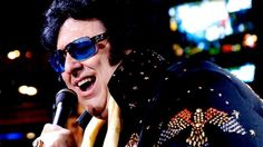 Big Elvis performs at Harrah's Piano Bar in Las Vegas