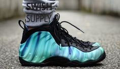 new style f12e9 5a6f4 Nike Air Foamposite One Northern Lights 1 Feet Images, Awesome Shoes, Foam  Posites,