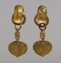 Pair of earrings, Three Kingdoms period, Silla Kingdom (57 B.C.–668 A.D.), early 5th century  Korea  Gold