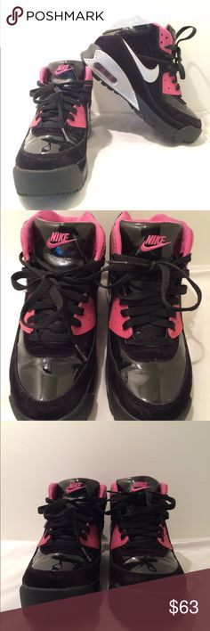 70add55a893c Nike air max 90 sneakerboot size 6Y This item is used in good condition  with light