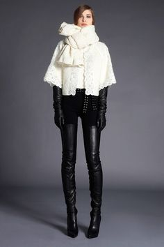 Boot/Glove Fashion: Andrew Gn Black Leather Crotch High Boots and Leather Gloves. Andrew Gn Pre Fall 2012 Look Book. White Fashion, Leather Fashion, Fashion Boots, Fashion 2017, Girl Fashion, Fashion Show, Fashion Design, Crotch Boots, Vogue