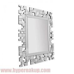 Štýlové celosklenené závesné zrkadlo. Zrkadlo vhodné do interiéru bytu, kancelárie alebo iných štýlovo zariadených priestorov. Zrkadlo je vhodné na zavesenie alebi nalepenie na stenu alebo iné pevné hladké povrchy.  Špecifikácie  Material : sklo  Rozmery (ŠxV): 88x110,8 cm Hmotnosť: 17,5 kg ŠTÝLOVÉ ZRKADLO ELISON TYP 5   HYPERNAKUP.COM   PREDAJ