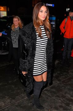 lily aldridge te ensina a usar o look perfeito para festa no inverno                                                                                                                                                                                 Mais