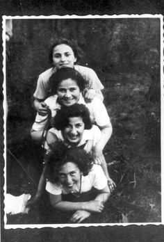 Wloclawek, Poland, 29/04/1937, Members of the Hashomer Hatzair movement during Lag ba'Omer. They did not survive