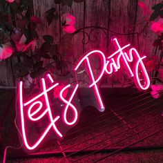 Sign Letter : Let's PartyProduct power: 30Winput voltage: 110V - 240VLight color: PinkLED type : 2835Base plate material:AcrylicBaseplate color: TransparentInstallation method : Hanging & MountPlace of use : IndoorThis is flex LED neon sign, flexible silicon tubes with LED lights inside tubes look like vintage glass neon sign. Flex LED neon sign is safe, non-frangible. It's better choice for large text and logo. neon sign is frangible, but is more flexible and better bending for small text l Diy Neon Sign, Neon Wall Signs, Neon Sign Tumblr, Clear Acrylic Sheet, Custom Bar Signs, As You Like, Let It Be, Neon Sign Bedroom, Neon Quotes