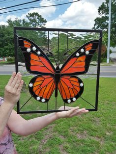 2017-Stained Glass Monarch Butterfly Made By K. Cannon