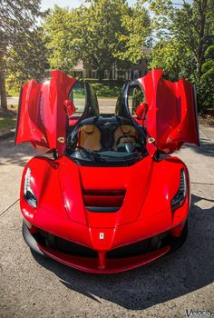 Shaughnessy Overland Express Inc This is how we Come through. #LGMSports Ship it with http://LGMSports.com Ferrari LaFerrari  #2017 #supercar