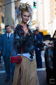 karlie-kloss-by-styledumonde-street-style-fashion-photography