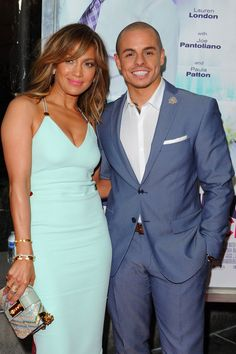 Jennifer Lopez Reportedly Broke Up With Casper Smart Because He Cheated