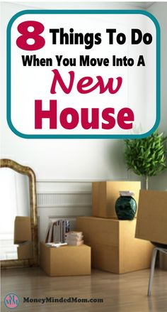 Making a move into a new house can be stressful. Here are 8 awesome tips to relive the burden of moving and stay organized. home Home Buying Tips, Buying A New Home, Unpacking After Moving, Trendy Home Decor, Moving Tips, Moving Checklist, New Homeowner, Small Room Bedroom, Frugal Living Tips