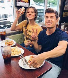Sadie Robertson & Lawson Bates