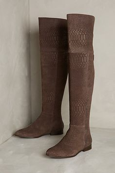 Scaled Riverboat Boots