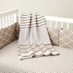 Love gray and White !!! Looks good with any accent color for baby L ! I can't find the baby Pinterest Board