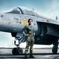 FILMING TO BEGIN... #Tejas - starring #KanganaRanaut - will begin filming in Dec 2020... Will be producer #RonnieScrewvala's second film [after #Uri] on our brave soldiers... Directed by Sarvesh Mewara.  #Tejas is the story of an Indian Air Force pilot. Bollywood Songs, Bollywood News, Film Movie, Hd Movies, Student Of The Year, Leadership Lessons, Indian Air Force, War Film, Upcoming Films