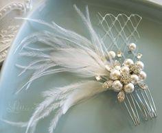 Vintage Wedding Hair Comb Bridal Hair Comb por LottieDaDesigns, $52,00