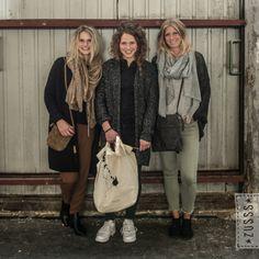 Zusss | Warm gebreide sjaal grijs melee | http://www.zusss.nl/product/warme-gebreide-sjaal-grijs-melee/#prettyPhoto