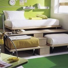 3 twin beds in a small space