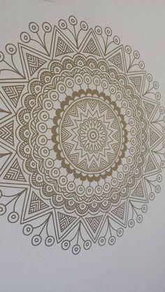 Mandala Vinilo Color Oro