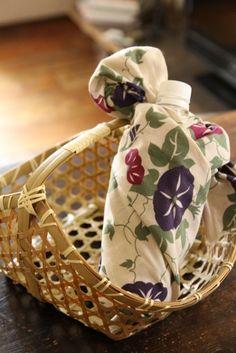 Furoshiki, Japanese-style Wrapping for Bottle