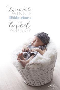 En liten sjarmør fra Kråkerøy i Fredrikstad i vårt fotostudio. Fredrikstad, Little Star, Twinkle Twinkle, Bassinet, Love You, Stars, Children, Decor, Photo Studio