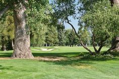 Boulder Country Club is located near Twin Lakes Condominiums in NE Boulder/Gunbarrel. Photo compliments of Rob Larsen Photography