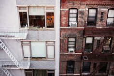 one day i will live in a brick building in a city with twinkle lights Fire Escape, Nyc, Concrete Jungle, City Lights, Architecture, Interior And Exterior, In The Heights, Sweet Home, Tumblr