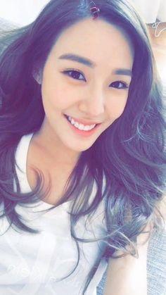 SNSD - Tiffany #티파니 Hwang MiYoung #황미영