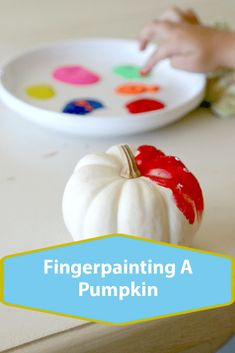Fingerpainting A Pumpkin. Teach your toddlers to decorate a pumpkin with fingerpainting Easy Halloween, Halloween Pumpkins, Craft Activities, Toddler Activities, Finger Painting, Crafts For Girls, A Pumpkin, Toddlers, Carving