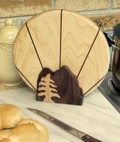 7 Admired Simple Ideas: Woodworking Plans For Kids woodworking patterns cutting boards.Wood Working Storage Wooden Crates woodworking wood hunting.Fine Woodworking The Family Handyman.. Woodworking Furniture Plans, Woodworking Projects That Sell, Woodworking Joints, Fine Woodworking, Woodworking Crafts, Woodworking Quotes, Woodworking Basics, Woodworking Machinery, Woodworking Apron